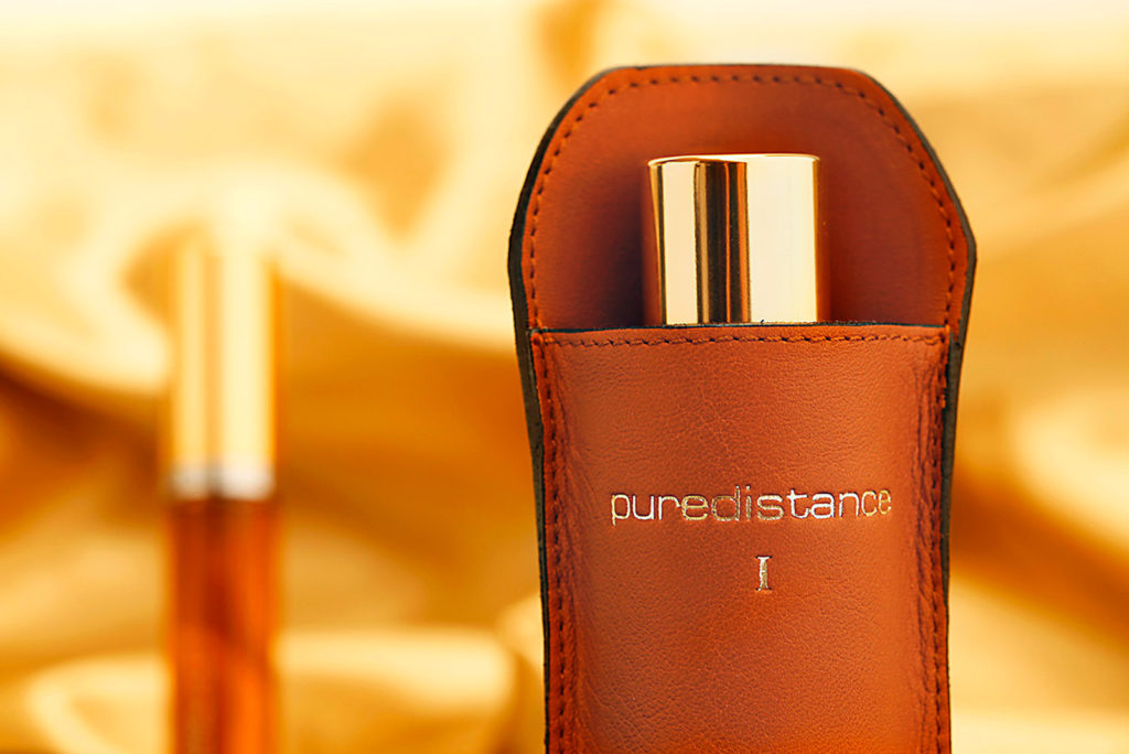 Puredistance Leather Holders made by hand in Belgium exclusively for the 100 ml puredistance perfume flacon