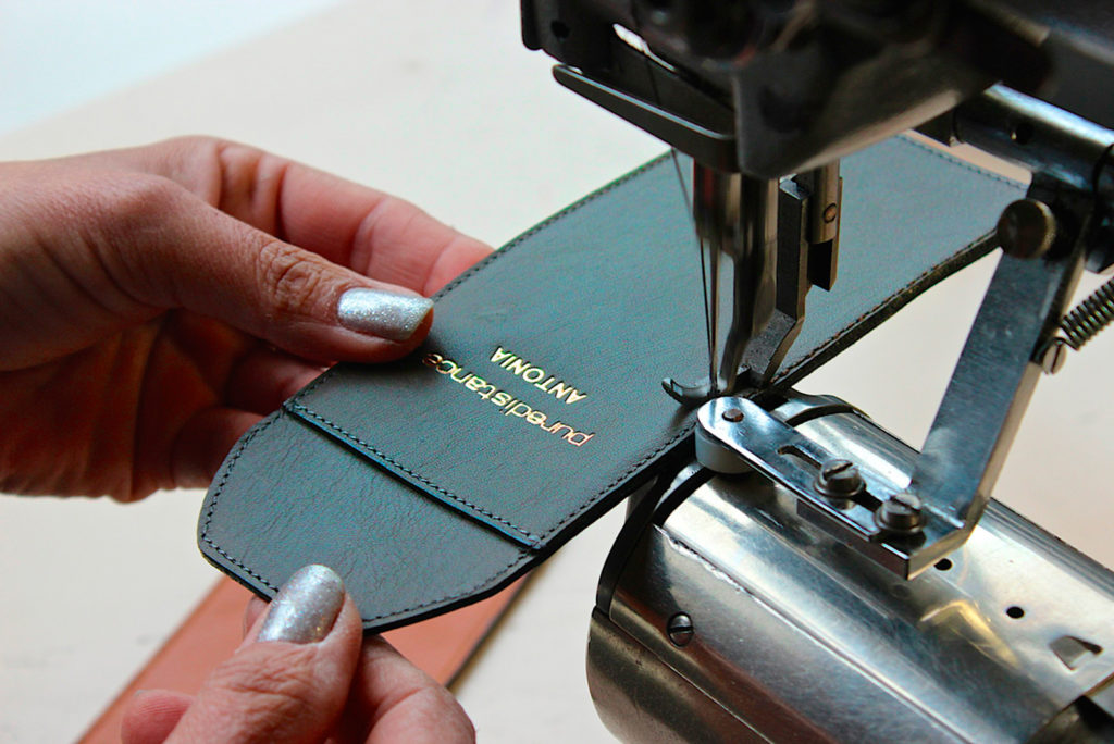 Puredistance Leather Holders made by hand in Belgium exclusively for puredistance perfume flacons