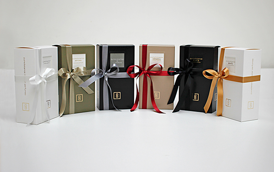 Puredistance Perfume collection giftboxes with ribbons