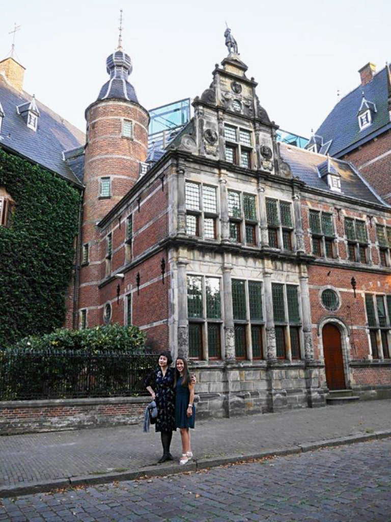 Mary Gooding from Puredistance showing Japanese perfume blogger Satchi the beautiful town of Groningen