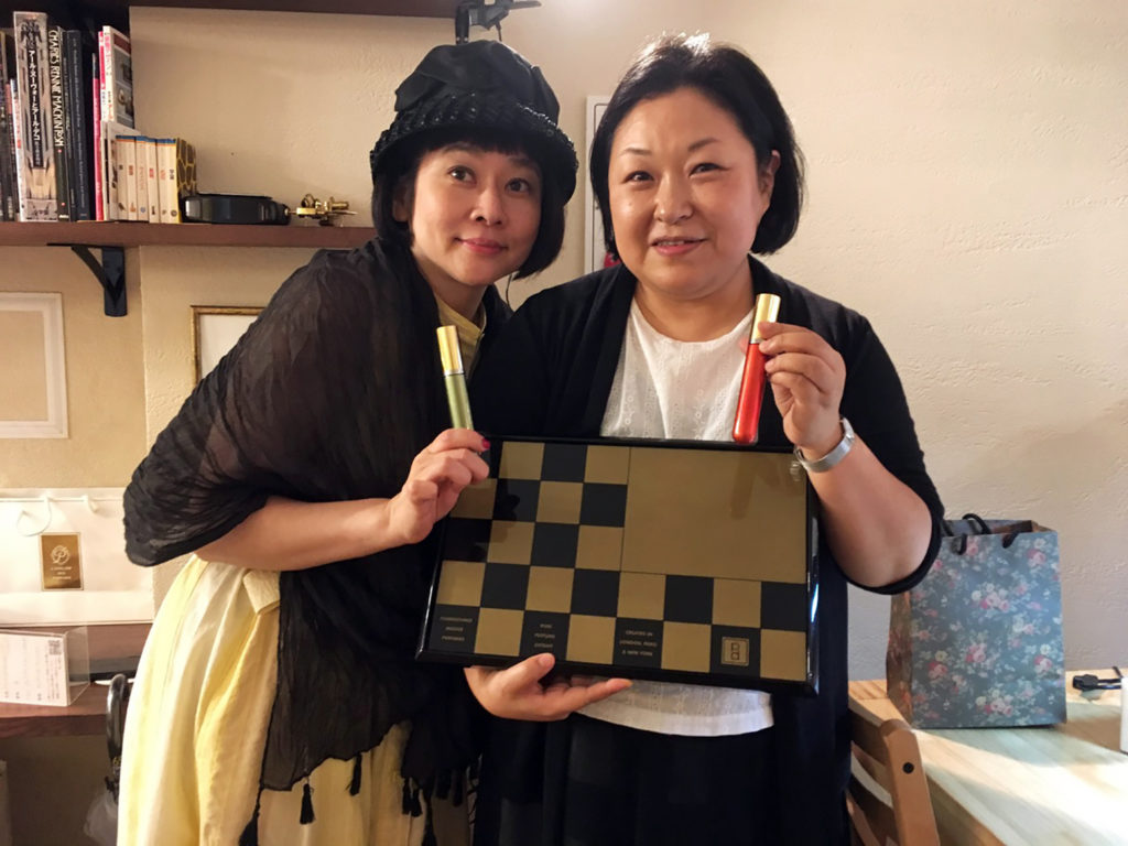 Sachi of La Parfumerie Tanu with one of the guests at the discovery event