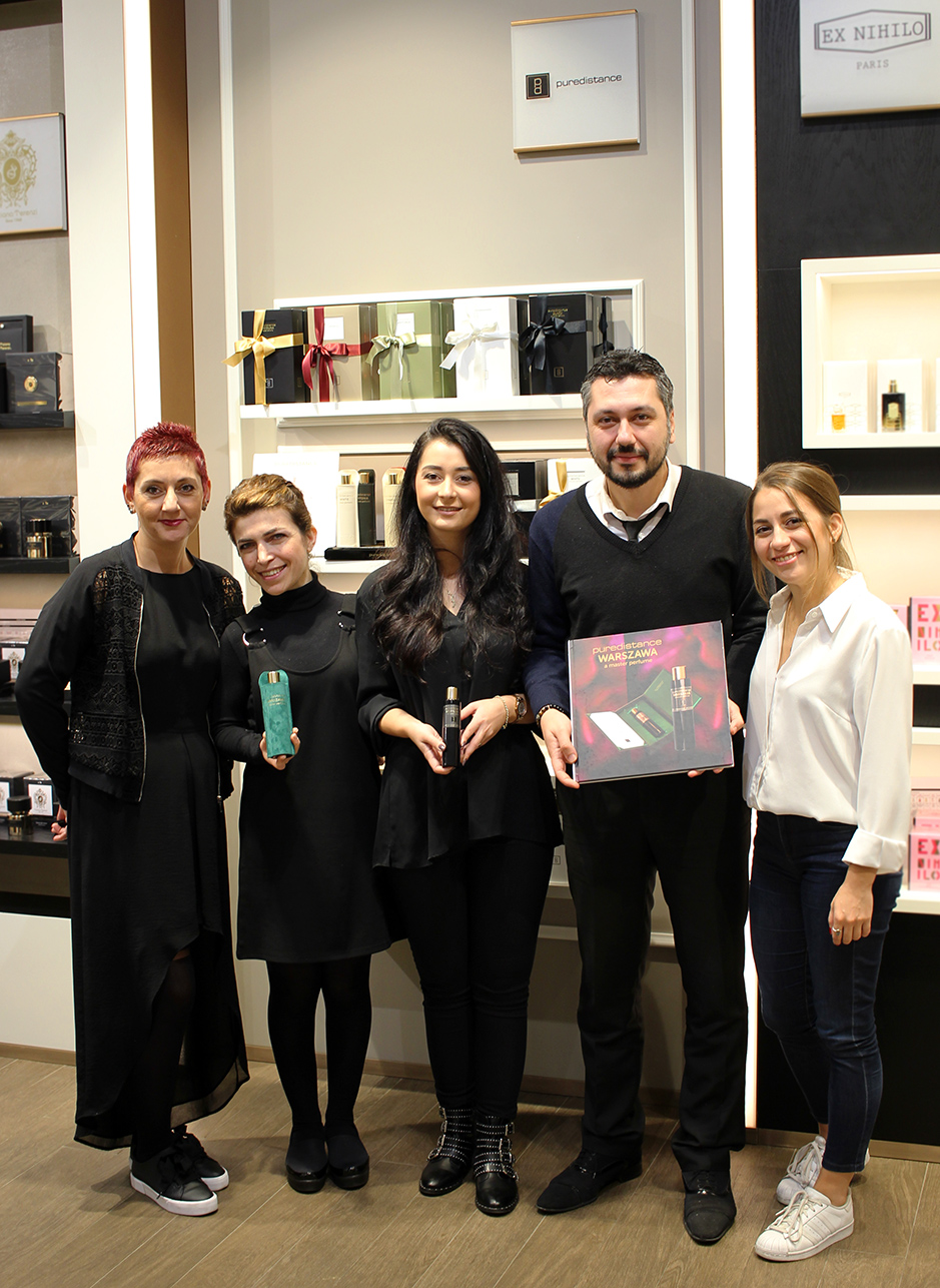 The team of Home of Scents Akasya in Istanbul